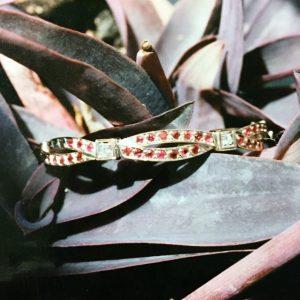Bracciale realizzato a mano in oro con brillanti e rubini