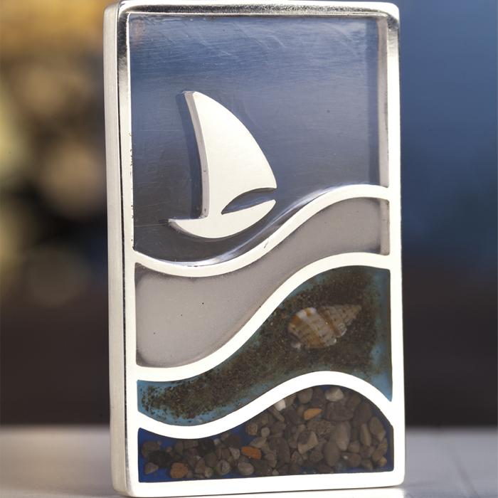 Barca argento, resina, acqua di mare di Napoli